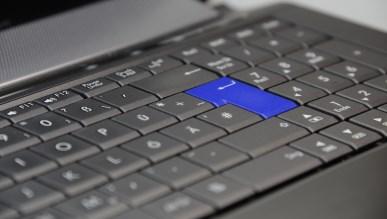 Sprzedaż komputerów w 2016 spadła o 5,7 procent