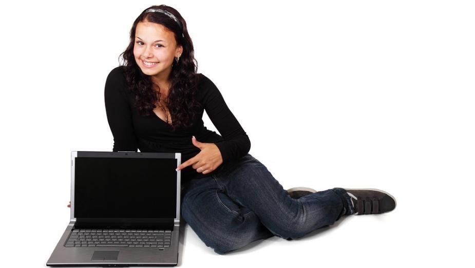 Jak wybrać dobrego laptopa? Poradnik krok po kroku