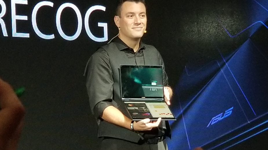 Asus pokazuje prototyp laptopa z dwoma ekranami i sztuczną inteligencją