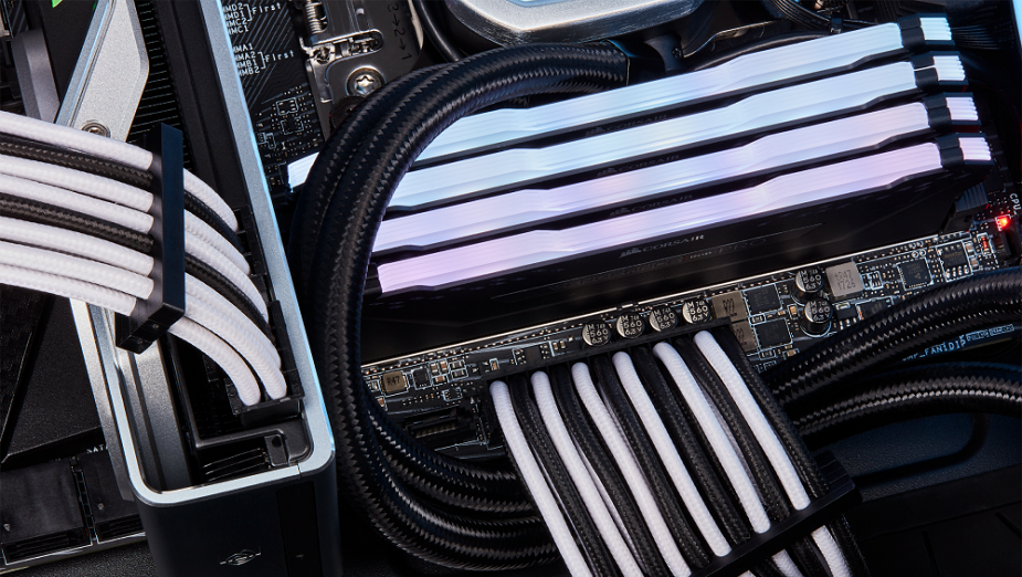 CORSAIR wprowadza nowe akcesoria niezbędne do budowy komputera