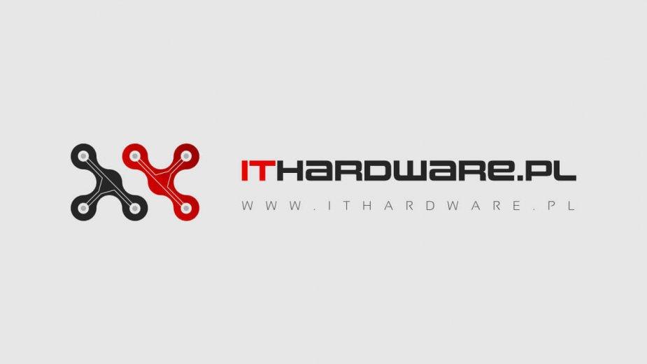 GPU karty GeForce RTX 3070 sfotografowane w trakcie walidacji