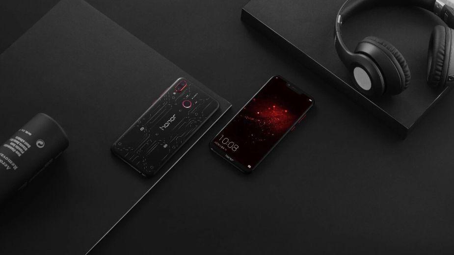 Honor Play i 9i - tańsze, ale wydajne smartfony dla graczy