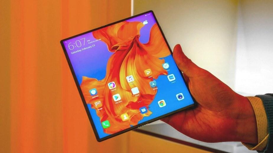 Huawei sprzedaje 100000 sztuk składanego Mate X każdego miesiąca