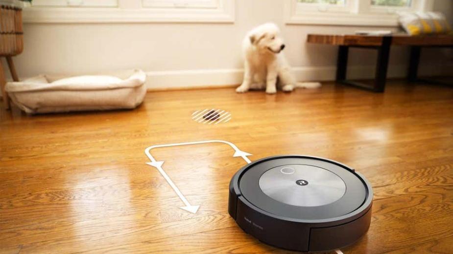 iRobot Roomba wreszcie omija... psie kupy i nie robi masakry na podłodze. Robot otrzymał AI