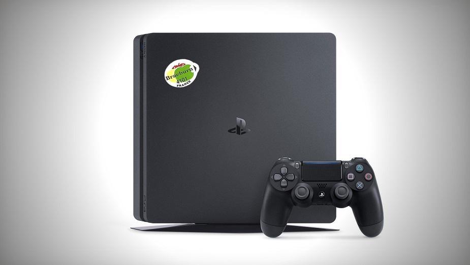 Kupił PlayStation 4 jako owoc za 9 euro, ale jego radość nie trwała długo