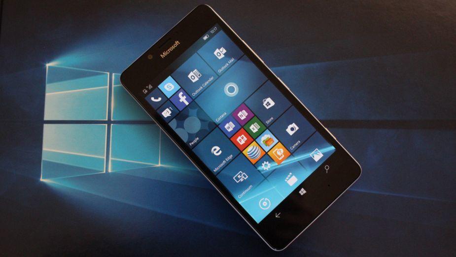 Microsoft w końcu przyznaje, że mobilny Windows jest martwy