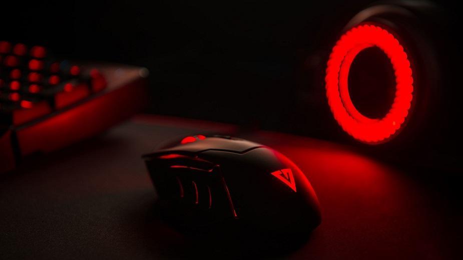 Modecom przedstawia największą w historii podkładkę z serii Volcano Gaming