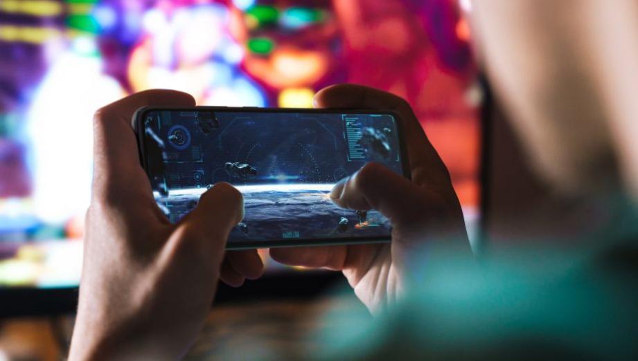 Moto G 5G i Moto G9 Power – tani smartfon z 5G i coś dla fanów pojemnych baterii