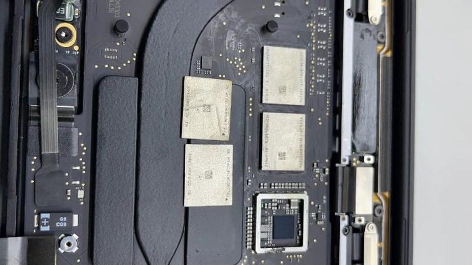 Nie da się samodzielnie wymienić Ram i SSD w komputerach Mac? Ktoś nie powiedział o tym Chińczykom