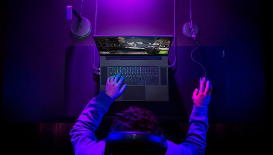Nowy Blade 17 od Razera to imponująca maszyna. Laptop z najpotężniejszym procesorem Intela