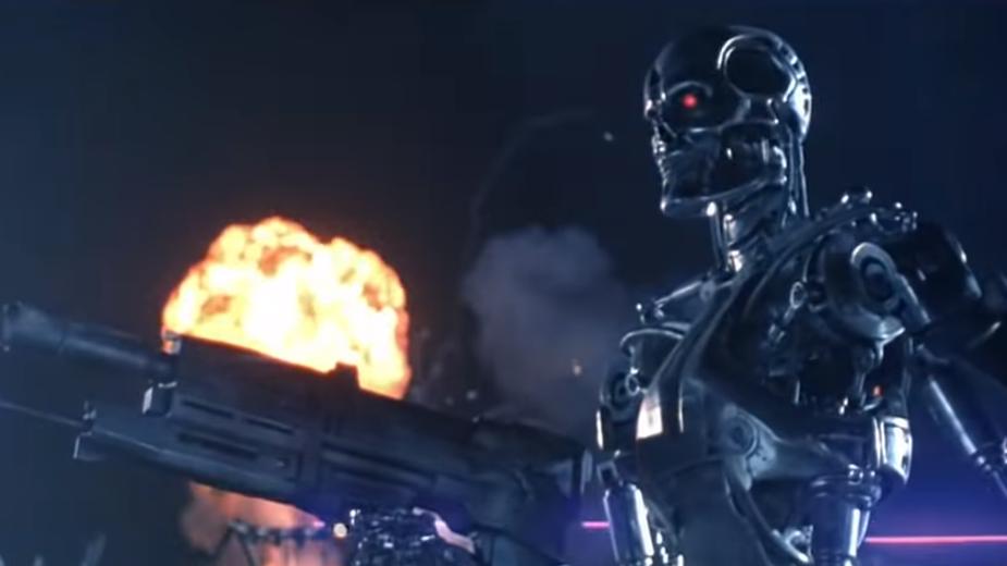 Robot Amazona wypuścił gaz pieprzowy w magazynie. Pracownicy w szpitalu