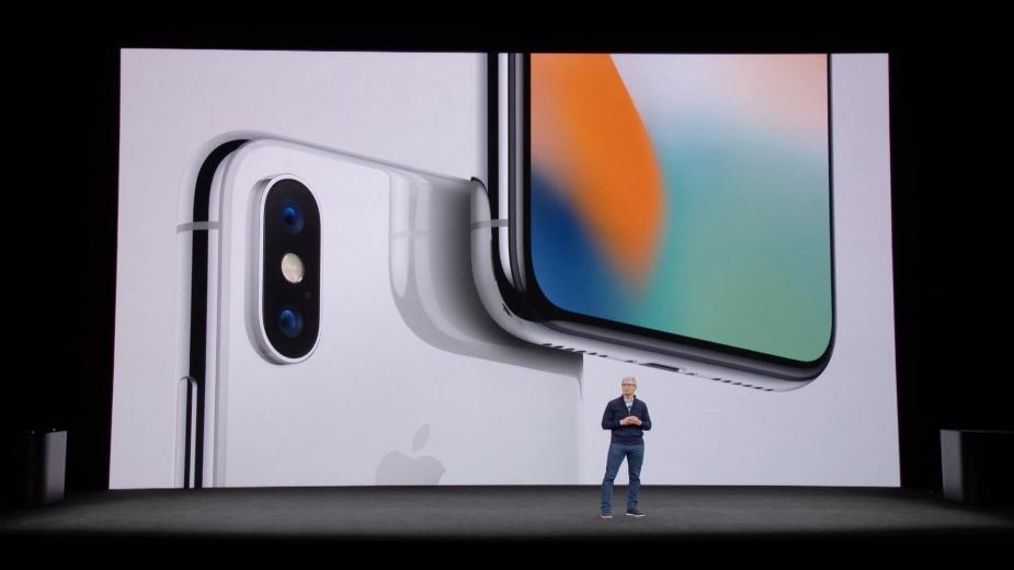 Tańsze wymiany baterii przyczyną kiepskiej sprzedaży nowych iPhone`ów