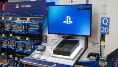 PS4 o włos wygrało w listopadzie z Xbox One w sprzedaży