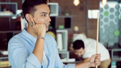 ORII to headset Bluetooth w postaci pierścionka