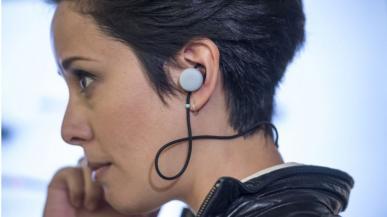 Google Pixel Buds - słuchawki, które tłumaczą obce języki