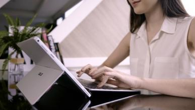 Asus Transformer Pro T304 - klon Surface Pro 4 w zabójczej cenie