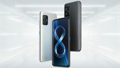 Asus Zenfone 8 to kompaktowy smartfon z high-endową specyfikacją w dobrej cenie