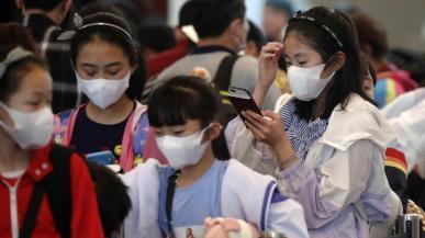Dostawy chińskich smartfonów mogą spaść o 50% w związku z epidemią