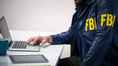 FBI prosi Apple o złamanie szyfrowania iPhone`a zamachowca