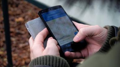Google Maps wprowadza ostrzeżenia przed policją i wypadkami