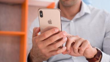iOS 13.1 wprowadza kontrowersyjne spowalnianie CPU w iPhone`ach z 2018 roku