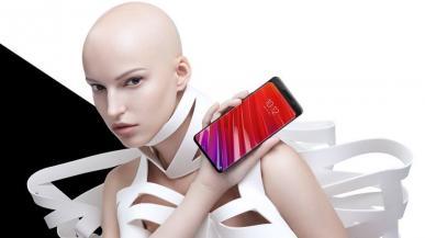 Lenovo Z5 Pro to kolejny rozsuwany smartfon, tym razem ze średniej półki