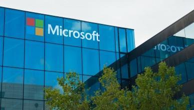 Microsoft opatentował elastyczny smartfon 3-w-1