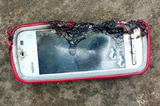 Nokia 5233 wybuchła podczas rozmowy zabijając nastolatkę