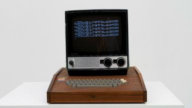 Oryginalny komputer Apple I wystawiony na eBay za ogromne pieniądze
