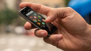 Palm powraca na rynek z miniaturowym smartfonem
