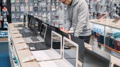 Rekordowe wzrosty na rynku komputerów PC, pomimo problemów z dostępnością chipów