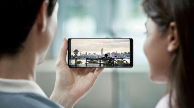 Samsung Galaxy S10 zaprezentowany na zdjęciu