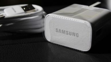 Samsung może iść w ślady Apple i przestać dołączać ładowarki do smartfonów