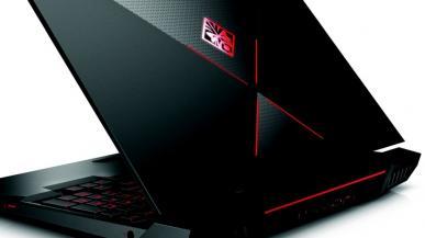 Sprzedaż laptopów i peryferiów gwałtownie rośnie bijąc rekordy. Spadki w komputerach stacjonarnych