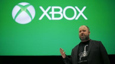 Xbox One sprzedaje się gorzej od PlayStation 4, ale ma hardcorowych graczy